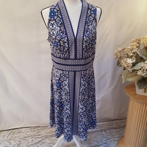 London Times sleeveless dress sz14 blues/wht